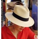 Chapeau Panama écru forme AVOCAT